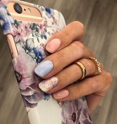 CND Shellac on natural nails. Colors: Creekside. Studio White.  Glitters: Lecenté #nails #shellac #cnd #PBDskin #pastelnails #multicolorednails Cnd Shellac, Multicolored Nails, Pastel Nails, Natural Nails, Glitter, Studio, Beauty, Beleza, Colorful Nail