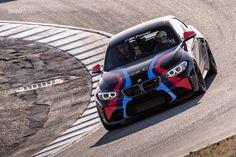 A closer look at a Black Sapphire BMW M2 - VIDEO - http://www.bmwblog.com/2016/02/17/a-closer-look-at-a-black-sapphire-bmw-m2-video/