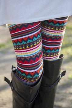 Cherokee Chevron Leggings | White Plum