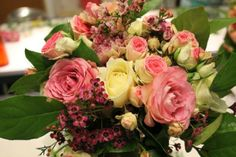 DISCOVERING THE ROMANCE OF VINTAGE FLORISTRY