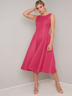 Chi Chi London Sheila Midi Dress - Fuchsia in Hot Pink Chi Chi London Dress, Dress Outfits, Fashion Dresses, Fast Fashion Brands, You Look Stunning, Rose Dress, Adele Dress, Pleated Midi Skirt, Occasion Wear