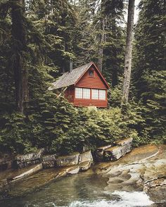 Cabin goals. Photo by @michaelflugstad #liveauthentic #livefolk
