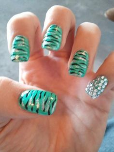 Super Nails Design With Rhinestones Bling Ring Finger Ideas Fancy Nails, Love Nails, Diy Nails, Nail Art Designs 2016, Cute Nail Designs, Zebra Nails, Uñas Fashion, Fashion Design, Fashion Ideas