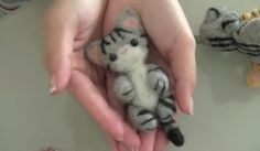 Gattino in lana cardata Video Tutorial