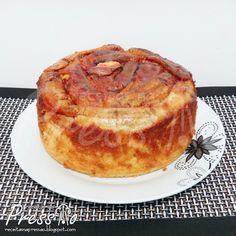 Essa é mais uma daquelas receitas para deixar presa na geladeira para fazer sempre! O resultado é impressionante e delicioso, um bolo suuup...