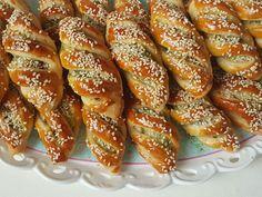 Türkische Börek - Çizik Poğaça