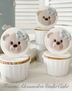 Cupcake Cake Designs, Cupcake Cakes, Baby Shower Cupcakes, Cake Art, Fondant, Cake Decorating, Birthday Cake, Desserts, Bears