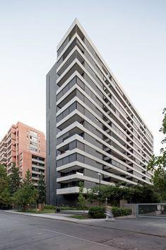 Facade Architecture, Residential Architecture, Building Elevation, Condo Design, Face Design, Dream House Plans, Exterior Lighting, Beautiful Buildings, Building Design