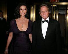 Catherine Z Jones y Michael Douglas-La suya fue una de las bodas más caras de los últimos tiempos, valorada en un millón y medio de euros y celebrada en el Hotel Plaza de Nueva York. Fue en 2007
