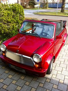 Philipp Poput's Classic Mini.  Beauty Parking gives fans' beautiful MINI a spot in the limelight at MINI United 2012.