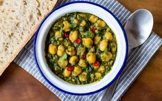 Andalusian-Style Chickpeas and Spinach [Vegan] | One Green Planet