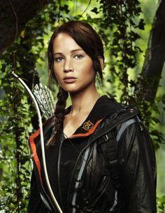 Katniss      Mockingjay Pin   Hungar Games