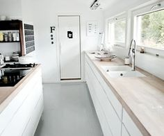 Right now galley kitchens are prevalent in an apartment or small home. Galley kitchen remodel ideas must be efficient for cooking also for the meal space. Galley Kitchen Design, Kitchen Inspirations, Simple Kitchen Design, Kitchen Flooring, Simple Kitchen, House, Home, Kitchen Remodel, Kitchen Dining Room