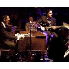 Hammond Grooves @ @bourbon_street dia 08 de Setembro às 21:30h (11)5095.6100 #jazz #souljazz #blues #funk #groove #sonsdobrasil #organtrio #jazzorgan #organjazz #musica #bourbon #street #music #club #sampa #shows #concerts #noite #hammondb3 #guitarra #bateria #hammondorgan #drums #guitar #hammond #leslie #lesliespeaker #jazzbrasil #foto Fred Chamoux