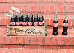 Absolutely love this vintage coke crate and the fun straws! Definitely going to have to use this.