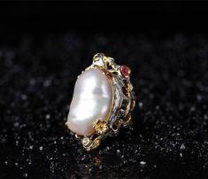 925シルバー natural  Baroque pearls Ring Tourmaline lapis lazuli Garnet Emerald(Etsy のmikaincより) https://www.etsy.com/jp/listing/573504526/925shirub-natural-baroque-pearls-ring