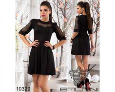 Платье с гипюром полуприталенного силуэта черное