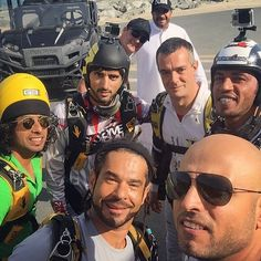 11/9/14 Skydiving with Faz3 and friends at Skydive Dubai PHOTO: uae10 with Faz3, Marat, Adel, Max Haim, Nasser and uae10
