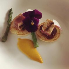 A blini with tuna on a red onion compote green asparagus tips saffron sauce and a beautiful eatable flower.  #food #saddron #yum #instafood #yummy #amazing #instagood #photooftheday #sweet #dinner #lunch #breakfast #fresh #tasty #food #delish #delicious #eating #foodpic #foodpics #eat #hungry #foodgasm #hot #foods