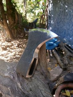 Survival Tools, Camping Survival, Survival Knife, Wood Axe, Forging Knives, Viking Axe, Homemade Weapons, Beil, Bushcraft Gear