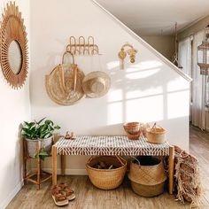 Modern Boho Entryway Decor Ideas To Beautify Your Home Interior Design Living Room, Living Room Decor, Bedroom Decor, Decor Room, Cheap Home Decor, Diy Home Decor, Decoration Entree, Diy Casa, Deco Boheme