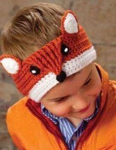 [Free Pattern] Fantastic Crochet Fox Headband For You To Make - Knit And Crochet Daily Crochet Fox, Crochet Animal Hats, Crochet Beanie, Crochet Gifts, Cute Crochet, Crochet For Kids, Headband Crochet, Headband Pattern, Headband Baby