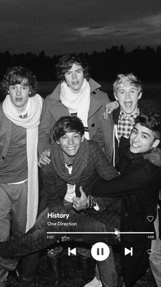 One Direction Posters, One Direction Songs, One Direction Harry Styles, One Direction Pictures, Direction Quotes, One Direction Background, One Direction Lockscreen, One Direction Wallpaper, Imprimibles One Direction