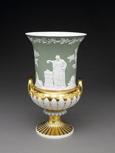 Vase, Meissen Porcelain - in the Wedgewood Style