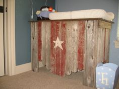 Rustic change table for Cowboy / Cowgirl / Wild West themed nursery. Baby Boy Cowboy, Cowboy Nursery, Western Nursery, Rustic Changing Tables, Baby Changing Table, Nursery Themes, Themed Nursery, Nursery Ideas, Room Ideas