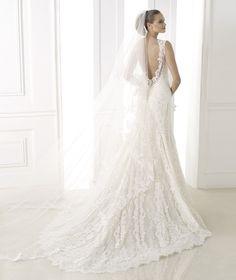 Pronovias, Lisa Sammons Events, Real Wedding Planner Advice