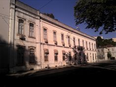 Em 1882 fundava-se em Coimbra, no velho edifício do Convento da Estrela, a primeira fábrica de massas alimentícias, de que foram fundadores...