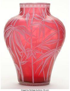 Vases – Home Decor : Thomas Webb Cameo glass vase, circa 1900 ~ art noveau ~ Stourbridge, England - Decor Object Art Nouveau, Antique Glass, Antique Art, Art Of Glass, Glass Artwork, Red Glass, Motif Floral, Vases Decor, Glass Design