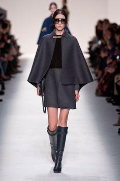 Défile Valentino Prêt-à-porter Automne-hiver 2014-2015 - Look 22