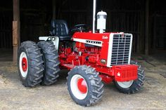 The Little Tractor Co. specializes in custom hand made half scale tractors. Cub Cadet Tractors, John Deere Tractors, Antique Tractors, Vintage Tractors, International Tractors, International Harvester, Hobby Cars, Small Tractors, Combine Harvester
