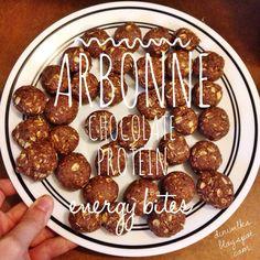 The Diniwilks: Arbonne Chocolate Protein Energy Bites