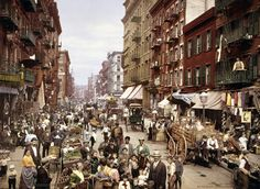 These vivid color photos from the 1890s used retouching to make the world more real. Mulberry Street in New York City, 1900. (Detroit Publishing Co./Library of Congress