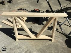 Woodworking With Resin Trestle Table Plans, Trestle Dining Tables, Diy Dining Table, Woodworking With Resin, Woodworking Plans, Round Farmhouse Table, Farmhouse Ideas, Dining Area Design, Diy Pallet Bed