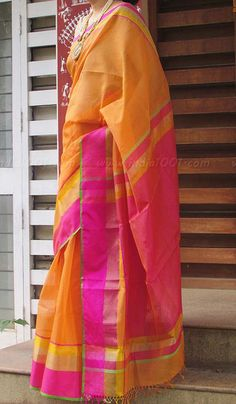 Stunning Handloom Maheshwari Saree with Zari Border