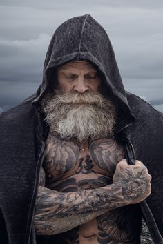Choosing a Viking ship design makes it easier to adapt and extend the tattoo later. For example, with the wide ocean, birds, land, or even a battle. Old man's viking tattoo. History Of Norway, Norwegian People, Viking Ship, Viking Tattoos, Norse Mythology, Old Men, Jon Snow, Vikings, Battle