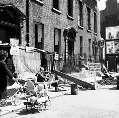 Ireland God bless the Corporation! Protest against evictions from tenement buildings on York Street in Dublin captured by Elinor Wiltshire and her Rolleiflex camera. Photographer: Elinor Wiltshire Date: Circa June/July 1964 Dublin Street, Dublin City, Old Pictures, Old Photos, Ireland Homes, York Street, Slums, Dublin Ireland, Book Of Life