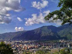 Te presentamos la selección del día: <<ÁVILA>> en Caracas Entre Calles. ============================ F O T Ó G R A F O >> @rey871 << Visita su galería ============================ SELECCIÓN @floriannabd TAG #CCS_EntreCalles ================ Team: @ginamoca @luisrhostos @mahenriquezm @teresitacc @floriannabd ================ #avila #ElAvila #Warairarepano #Caracas #Increibleccs #Instavenezuela #GaleriaVzla #Ig_GranCaracas #Ig_Venezuela #IgersMiranda #Great_Captures_Vzla #InstaloVenezuela…