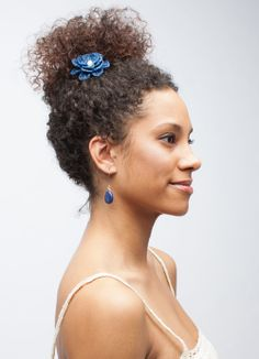These Daliso earrings are made of Lapis Lazuli and silver plate wire in Zambia. http://shop.dsenyo.com/collections/frontpage/products/daliso-earrings Shop now at shop.dsenyo.com!