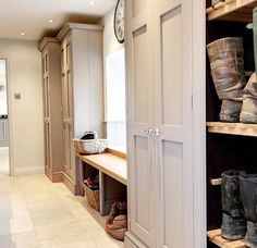 8 country-style boot room designs Design yourself a well-organised boot room with plenty of practical storage to act as a stylish transitional space for just-out-of-the-rain coats and muddy wellies Room Interior, Interior Design Living Room, Living Room Designs, Boot Room Utility, Boot Storage, Storage Room, Shoe Storage In Mudroom, Utility Room Storage, Porch Storage