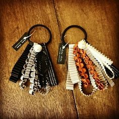 ヘアゴム(3) Lace Ribbon, Beaded Lace, Hair Ties, Diy And Crafts, Jewelry Making, Hair Accessories, Beads, How To Make, Handmade