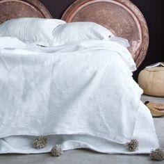 Moroccan cotton Berber blanket pompoms
