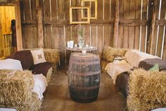 A relaxing hay bale lounge space for your rustic barn wedding reception. Source: Rustic Wedding Chic #weddinglounge #barnwedding #rusticwedding