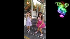 Дочки Веселятся