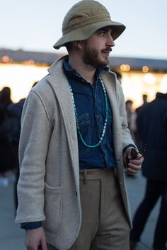 Charles-Edouard Woisselin bring us a selection of the bestlooks…