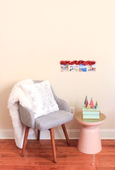 DIY Photo Wall Tree-- perfect for small spaces!