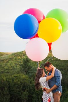 I love me some color and when Miss Becky agreed to giant colourful balloons I was so excited. Heres a couple of my favourite images from their session. Big Round Balloons, Giant Balloons, Colourful Balloons, Latex Balloons, Wedding Balloons, My Favorite Image, Engagement Session, Storytelling, Lifestyle Blog